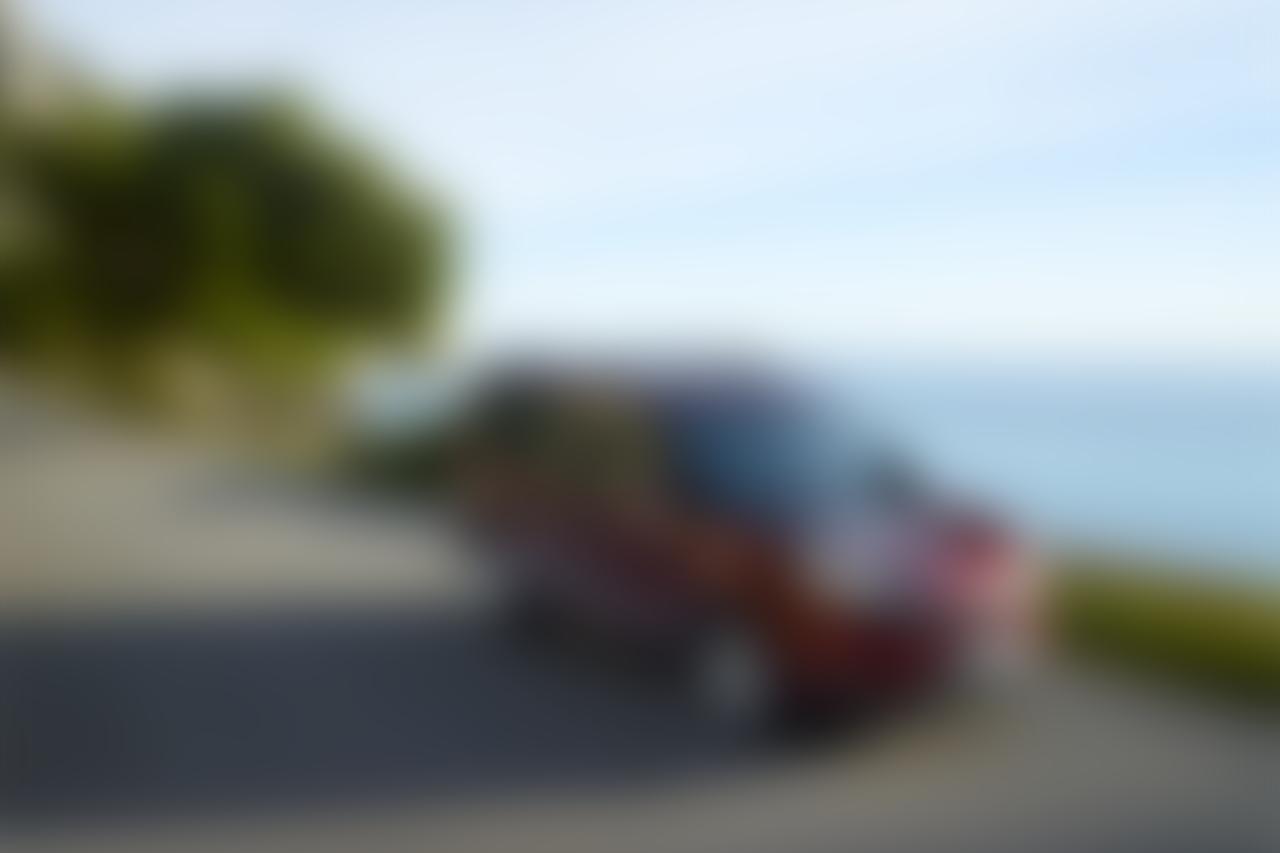 Slide_dobl0_01_blur
