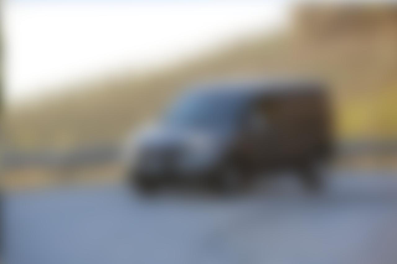 Slide_dobl0_cargo_01_blur