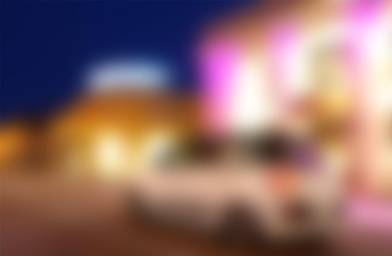 slide-500L-02-blur